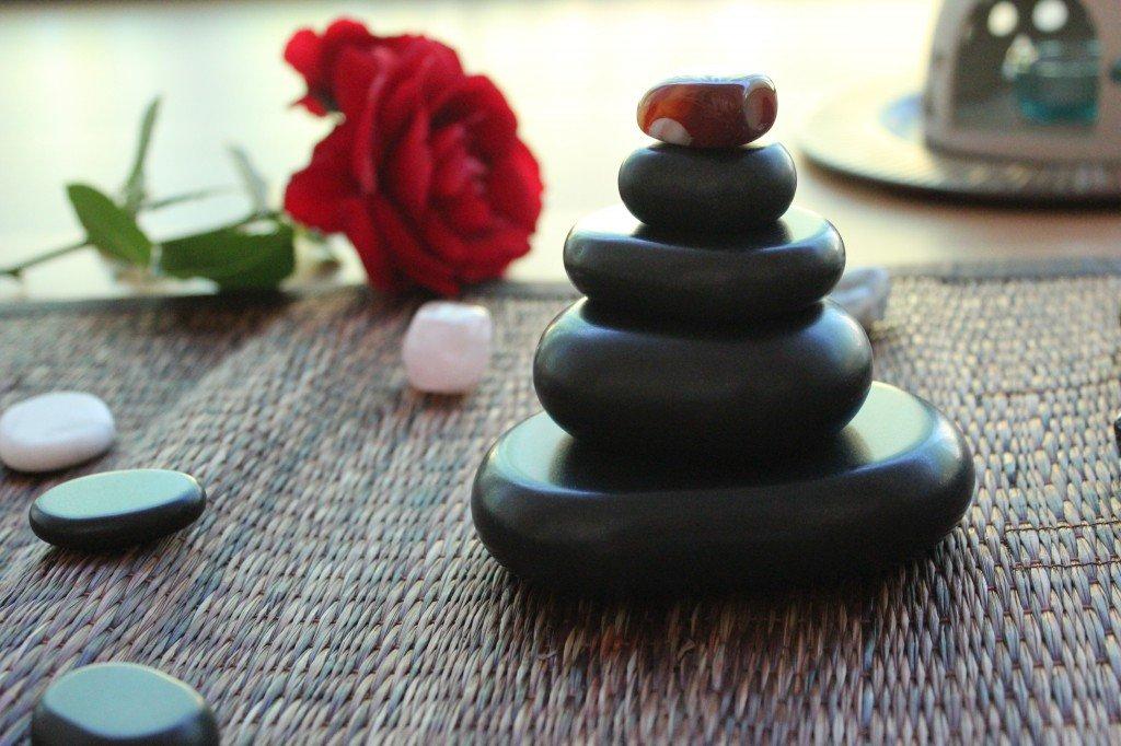 Hot stone wellness massage salakanan thai spa offenburg